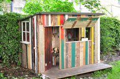 Playhouse from pallets More