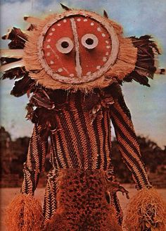 "Minganji costumes are found throughout the Pende areas of southwest D. Included in the publication ""Let's travel in the Congo"" - published in 1965 Afrique Art, Tribal Costume, Art Premier, Masks Art, African Masks, African Culture, People Of The World, Tribal Art, World Cultures"