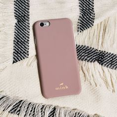 The Warm Taupe Madison case fits iPhone 7, iPhone 6 and iPhone 6s. This cute, minimalist iPhone case has a removable liner that comes in 6 different colors. So you can pick your perfect case! #iphone6s,