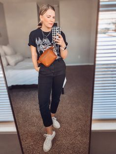 Feeling Burnt Out, Band Tees, Mom Style, Graphic Tees, Capri Pants, Cute Outfits, Street Style, Guys, Denim