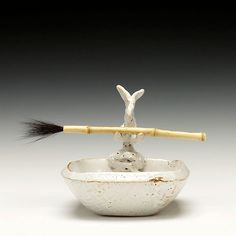 Schaller Gallery | Troy Bungart | Bunny Tray Some Bunny Loves You, Fibre Art, Native American Art, Paint Brushes, Troy, Lovely Things, Rabbits, Pottery, Interiors