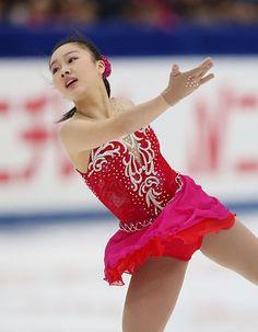 女子SPで演技する樋口新葉=27日、長野市のビッグハット ▼27Dec2014時事通信|新星スピードで魅了=13歳樋口、女王争いに名乗り-全日本フィギュア http://www.jiji.com/jc/zc?k=201412/2014122700243 #Wakaba_Higuchi #Big_Hat_Nagano #Japan_Figure_Skating_Championships_2014 ◆Japan Figure Skating Championships - Wikipedia http://en.wikipedia.org/wiki/Japan_Figure_Skating_Championships