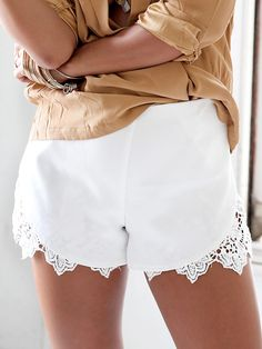 White Lace Panel Hem Asymmetric Shorts