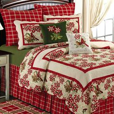 Lovely Christmas Bedding Inspiration Designs: Marvelous Red Single Bed With Red Floral Cover Bed Also Red And White Flo. Christmas Bedding, Christmas Interiors, Christmas Sheets, Christmas Collage, Noel Christmas, Country Christmas, Quilt Bedding, Bedding Sets, Comforter Set