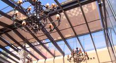 Detalle del techo acristalado del patio y sus toldos abatibles #bodas #bodasmadrid Ferris Wheel, Utility Pole, Fair Grounds, Travel, Outdoor, Palaces, Space, Places, Voyage