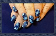 Blue flower ombré. Inspired by Robin Moses.