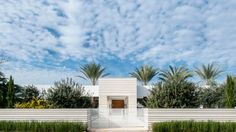 Israelevitz Architects turns a building structure into an enigma via Mark Magazine.