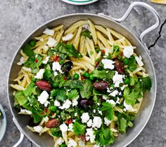 Tätä on pakko kokeilla: inkivääri-pinaattikastike Cobb Salad, Food, Essen, Meals, Yemek, Eten