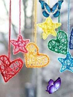 Hearts & Stars Hanging Dream Catchers Hearts and Stars Dream Catchers | Yarn | Free Knitting Patterns | Crochet Patterns | Yarnspirations love these - baby mobile?! x<br> These mini Dream catchers are rather cute. You could create a beautiful display using just the hearts for Valentine's day or tone down the colors for a babies room or toddlers mobile. Crochet… Knitting Patterns Free, Free Knitting, Crochet Patterns, Baby Room, Waldorf Playroom, Basket Willow, Christmas Crafts, Christmas Ornaments, Dream Catchers
