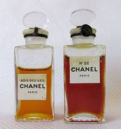 CHANEL BOIS DES ILES & No. 22 PERFUME VINTAGE SEALED BOTTLES