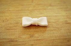 cupcake fondant bow