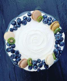 Pancakes, Sweet Tooth, Food And Drink, Birthday Cake, Plates, Cookies, Baking, Breakfast, Tableware