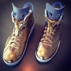 "Special Love Shout To My Main Man Michael Jordan,Larry Miller And Reggie Saunders At The Jordan Brand For Blessing Me With These Super  Dope, AIR JORDAN 6 ""Oscar Edition"" Sneakers. These Joints Are Gold Leafed- One Of A Kind. They Will Sit Next To The Oscar On My Home Mantelpiece. Yup,Still True- IT'S GOTTA BE DA SHOES."