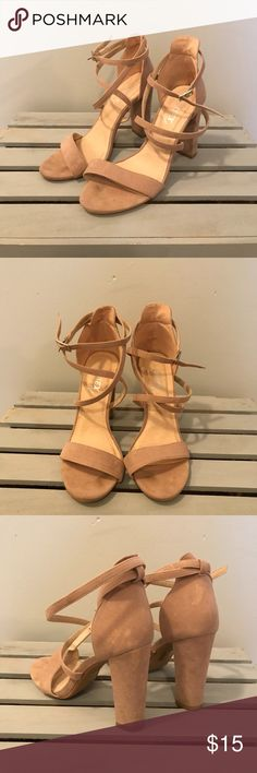 "Essex Glam Strappy Nude Block Heels Nude strappy style with a block heel. 4"" heel. There is a slight stain of the back of both shoes as photographed. Essex Glam Shoes Heels"