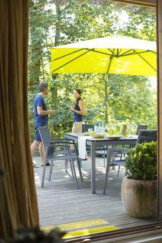 Salon de jardin en acier coloris vert anis FUNDY   Terrasse   Salon ...