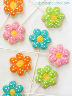 simple flower cookie pops