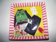 "Gorgeous NRFB Rare & HTF Vintage Barbie Ensemble ""Knit Hit #1621"""