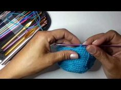 Cómo tejer una mochila estilo wayuú paso a paso (2) Base redonda - YouTube Fabric Crafts, Tapestry, Youtube, Color, Jewelry, Beautiful, 1920s, Videos, Fashion