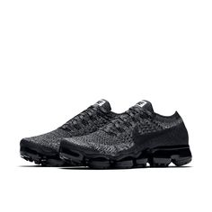 Nike Air VaporMax Flyknit Cookies and Cream Womens Shoe - Main Container Image 4 Tenis Nike Air, Nike Air Vapormax, Nike Kicks, Air Max Sneakers, All Black Sneakers, Sneakers Nike, Nike Basketball Shoes, Nike Shoes, Fashion Outfits