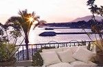 Unique duplex penthouse apartment on the sea front at Puerto Banus with 270º views of the harbour entrance, the beaches and open sea towards Gibraltar and the African Coast.