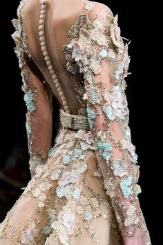 Ziad Nakad at Couture Spring 2017 - Details Runway Photos - Like a garden fairy.