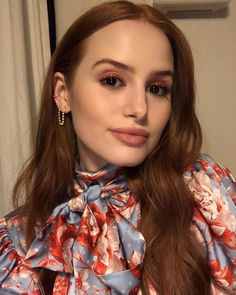 Today with my favorite girl! Madelaine Petsch, Cheryl Blossom Riverdale, Riverdale Cheryl, Riverdale Cast, Jessica Chastain, Hair Inspo, Pretty People, Girl Crushes, Redheads