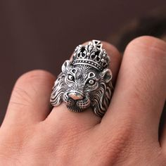 To find the prefect ring for dad or for boyfriend is difficult. Here are some awesome rings ideas, gemstone rings - unique turoquies or emerald rings. Wooden ring for men - find diy wood rings to represent yourself. Gift ideas for dad, dont miss out. Dainty Gold Jewelry, Black Hills Gold Jewelry, Silver Rings Handmade, Womens Jewelry Rings, Gold Jewellery, Diamond Jewelry, Jewlery, Mens Sterling Silver Necklace, Sterling Silver Cross Pendant