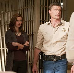 Bailey Chase and Cassidy Freeman in Longmire (2012)