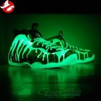 """Nike Air Foamposite One """"I've Been Slimed"""" Custom Futuristic Shoes, Sneakers Fashion, Shoes Sneakers, Popular Sneakers, Foams Shoes, Painted Sneakers, Jordan Shoes Girls, Fresh Shoes, Hype Shoes"""