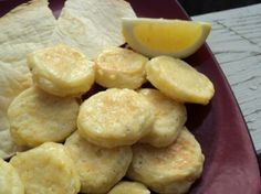 Gebna Makleyah (Egyptian Oven-Fried Cheese) These are SO good and extremely easy to make. Egyptian Food, Egyptian Recipes, Ethnic Recipes, Egyptian Party, Arabic Recipes, African Recipes, Cheese Recipes, Cooking Recipes, Rice Recipes