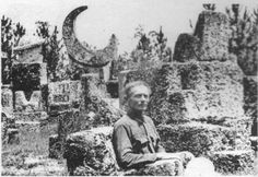 """Here is a picture of Edward Leedskalnin's """"device"""" which he used to move the gigantic coral stones from place to place in his coral castle. The Coral Castle (eighth wonder of t… Unexplained Mysteries, Ancient Mysteries, Stonehenge, Ancient Aliens, Ancient History, Ufo, Monuments, Coral Castle, Mystery Of History"""