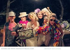 No hay nada más divertido que perder los nervios del casamiento y reírte con amigas en las despedidas de soltera!