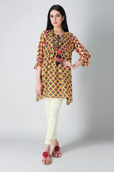 Clothes For Sale, Clothes For Women, Pakistani Designer Suits, Frock Fashion, Pakistani Bridal Wear, Chiffon Material, Wedding Suits, Winter Collection, Indian Fashion