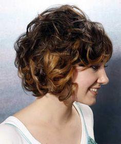 la moda en tu cabello cabello corto rizado