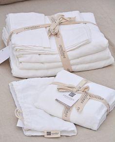 Sabanas de Lino / Linen Sheets Encuéntralas en www.entrelinos.com
