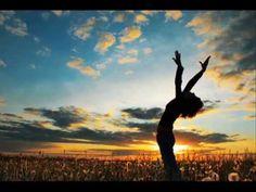 Yoga Practice is great exercise and conditioning for Hikers & Backpackers. The Sun Salutation (Surya Namaskar) is a 12 step asana that is great for hikers. Darshan Singh, Namaste, Amor Universal, Gabriel Method, Meditation Musik, Healing Affirmations, Surya Namaskar, Deepak Chopra, Positive Living