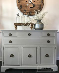 Modern buffet. Annie Sloan Chalk Paint custom grey mix: French Linen + Pure