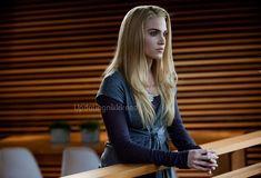 Photo of rosalie hale for fans of Rosalie Cullen 27680428 Rosalie Cullen, Rosalie Hale, Alice Cullen, Rosalie Twilight, Twilight Cast, The Cullen, Twilight New Moon, Twilight Pictures, Edward Cullen