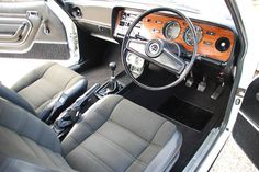 1976 mk ii ford capri 1600 gl interior