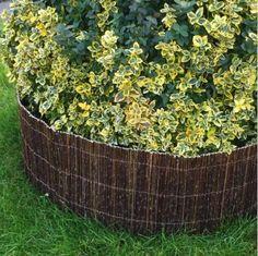 Fűzvessző kiskerítés, ágyásszegély 30x300 cm - Kosárfutár Willow Fence, Portion Plate, Flowers Garden, Compost, Plants, Balcony, Nature