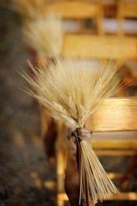 décoration église originale blé banc