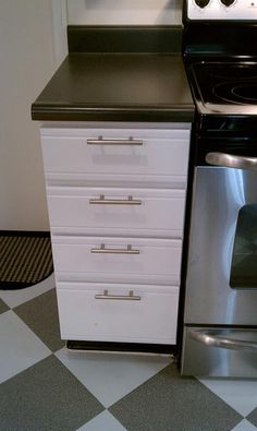 80s-cabinets-painted