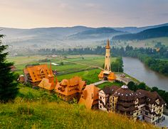 Vatra Dornei Tourist Places, Golf Courses, Europe, History, Beautiful, Romania, Historia