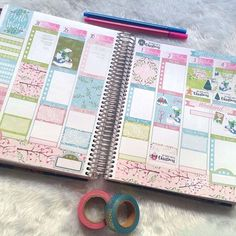 And this is my next week already decorated with our recently released Winter Bear Weekly set. . . . #plannerlife #plannerlove #erincondrenlove #printablestickers #planwithme #plannerspread #plannerlayout #plannerlove #planneraddict #plannercommunity #plannercomunnitybrasil #vep #souvep #adesivos #planningtime #weeklylayout #weeklyspread #plannergirl #plannersticker #plannerdecoration #endoftheweek #beforethepen