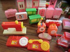 電話、ミシン、タンス! Nostalgia, Japanese Toys, Toy 2, 80s Kids, Mini Things, Kitsch, Showa Era, Vintage Toys, Childhood Memories