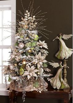 Ice Garden Christmas Tree