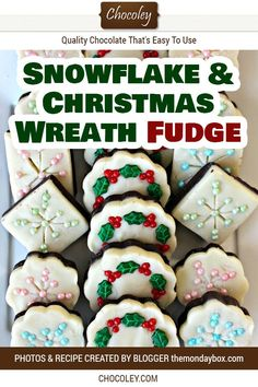 Snowflake and Christmas Wreath Chocolate Fudge Recipe. Find out how to make fast and easy homemade w - Yersq Sites Chocolate Gifts, Chocolate Fudge, Homemade Chocolate, Chocolate Recipes, White Chocolate, Christmas Fudge, Easy Diy Christmas Gifts, Christmas Wreaths, Christmas Baking