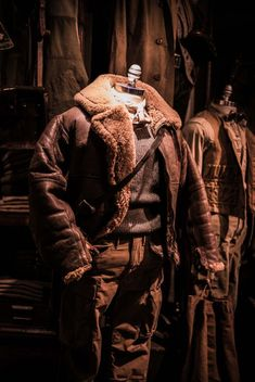 RRL: Vintage outerwear and modern fit - Permanent Style Americana Vintage, Aviator Jackets, Man Set, Dieselpunk, Jacket Style, Leather Men, Leather Jackets, Vintage Leather, Men Casual