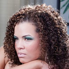 http://befreewithstyle.com/2012/09/relaxed-to-natural-hair/.  Tonya with gorgeous natural hair.