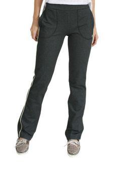 Calça mescla, com corte reto, em tecido tecnológico, com alta porcentagem de elastano, ideal para quem procura conforto. Detalhe de friso na lateral